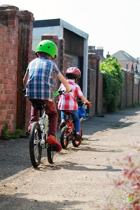 How to get happy - children cycling